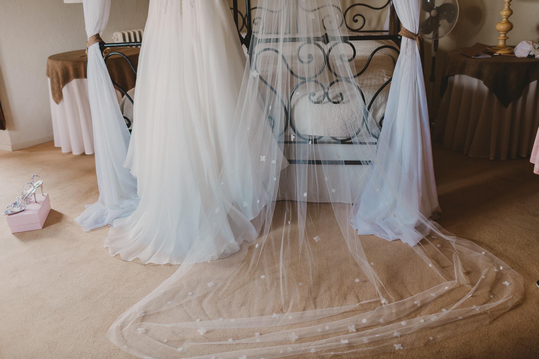 Tuscany wedding, dress